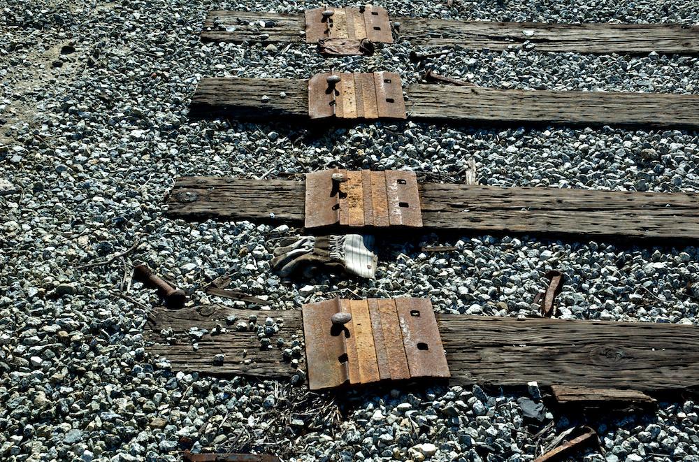 Ex-track
