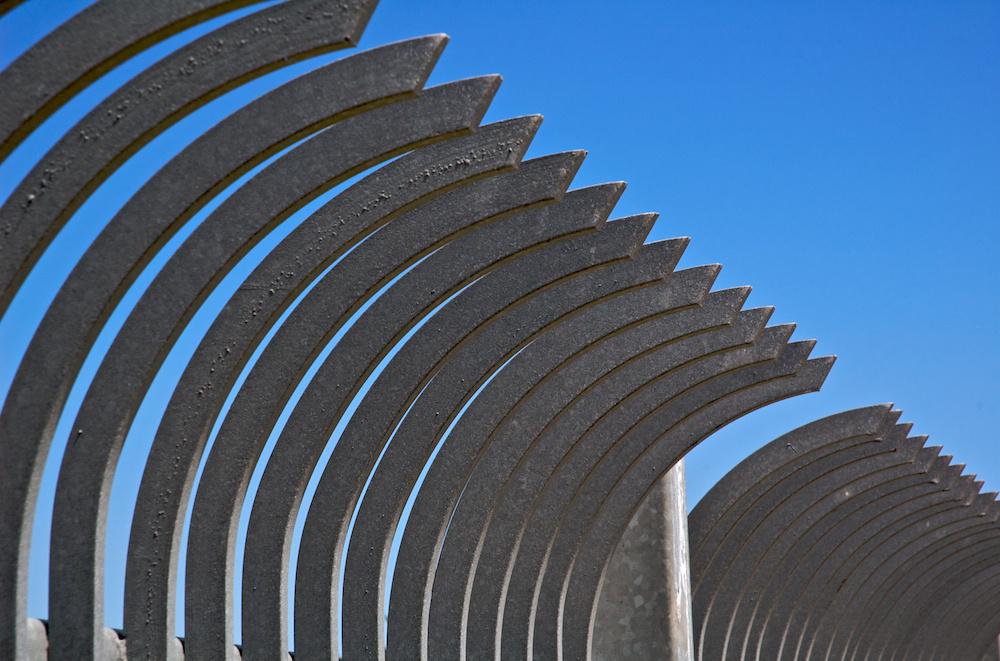 Pointy arcs