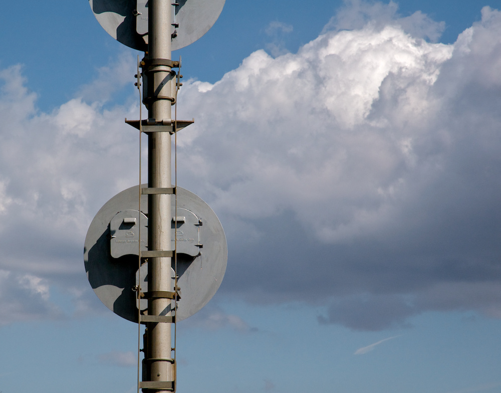 Signal and clouds