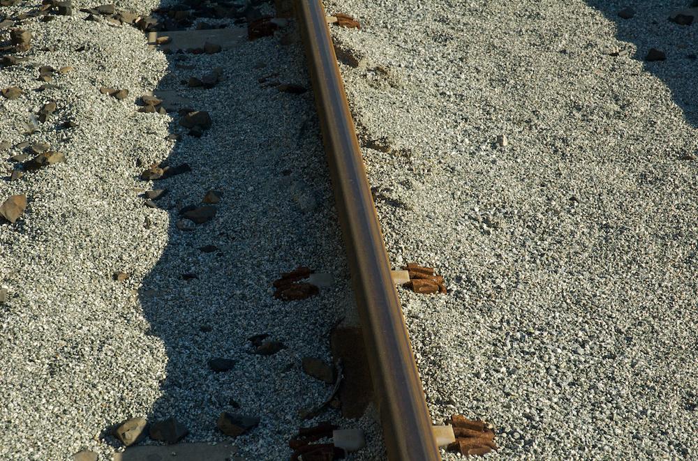 Gravel rail