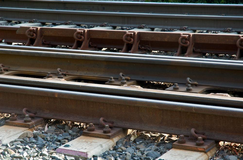 Crossover track