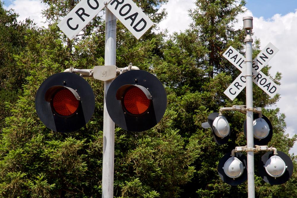 Rail Sing Cro Road